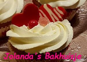 Sweet Valentine cupcakes