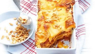 Lasagne met pompoen, gamba's, gember en salie