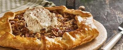 Appel galette met noten en gezouten karamel