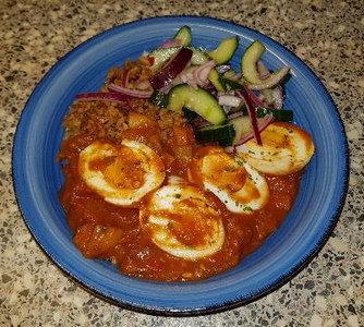 Eieren-in-Pittige-Paprika-Tomatensaus