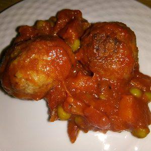 Albondigas con salza de tomate