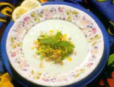 Avocadosoep met garnalen