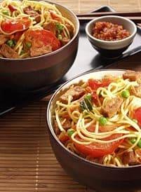 Chinese mie met knoflooktofu