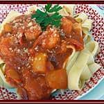 Garnalen in tomatensaus met pasta