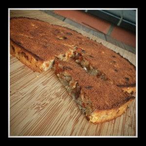 Goji bessen koek van Amandelmeel met Rozijnen, Banaan, 3 Korenvlokken, Honing