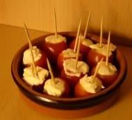 Kerstomaatjes met bieslookroomkaas