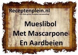 Mueslibol Met Mascarpone En Aardbeien