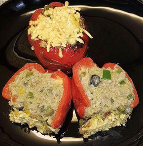 Paprika's gevuld met pestotonijn uit de airfryer
