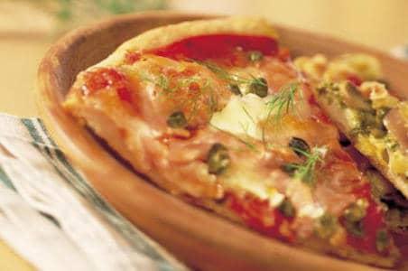 Pizza met gerookte zalm