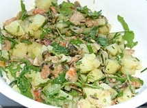 Aardappel en zeevruchtensalade
