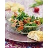 Salade van patéblokjes en kerstomaatjes