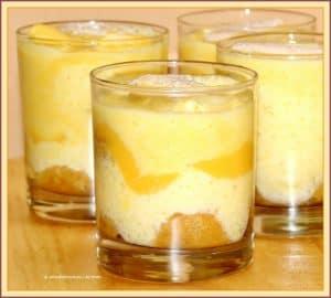 Bicchierini all crema di uova savoiadi e vov