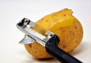 Aardappel hamschotel met witlofsalade