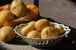 Aardappelen met tomaten uit de oven