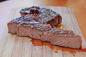 Couscous met pittige biefstuk